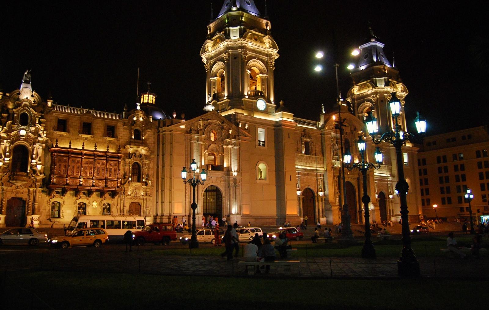 Nuestra Señora de la Evangelización, 1ª Escultura que llegó a Lima, Perú (14 may)