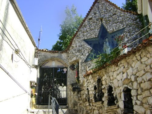 entrada al castillo de oliveto citra