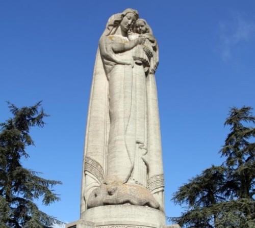 estatua de ns del sagrado corazon