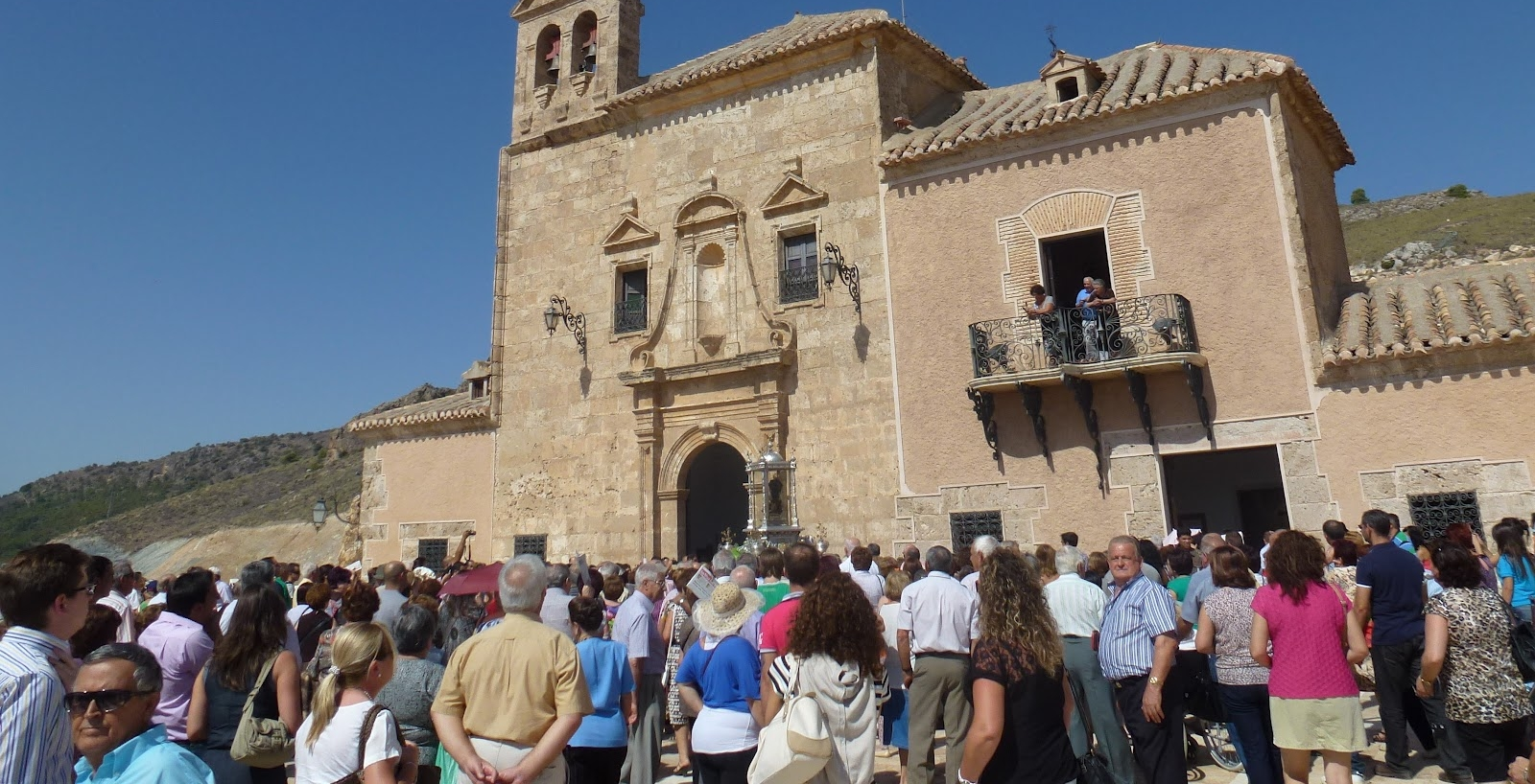 La Mujer del Apocalipsis: Nuestra Señora del Saliente, España (8 de septiembre y 2 de mayo)