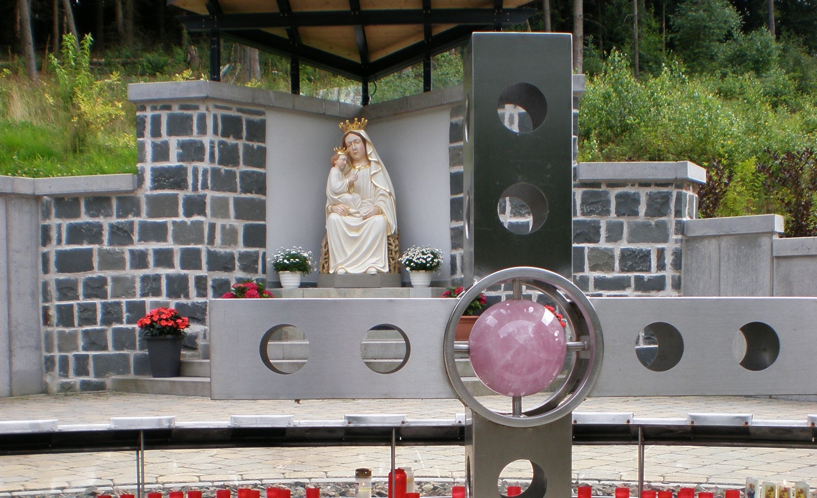 Inmaculada Concepción de Marpingen, 3 Apariciones en los Siglos, Alemania (17 may)