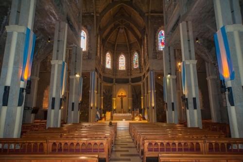 interior-de-catedral-de-bariloche