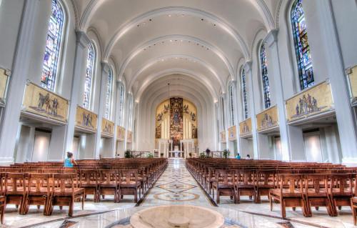 Interior de Capilla de Madonna de la Strada en Loyola University