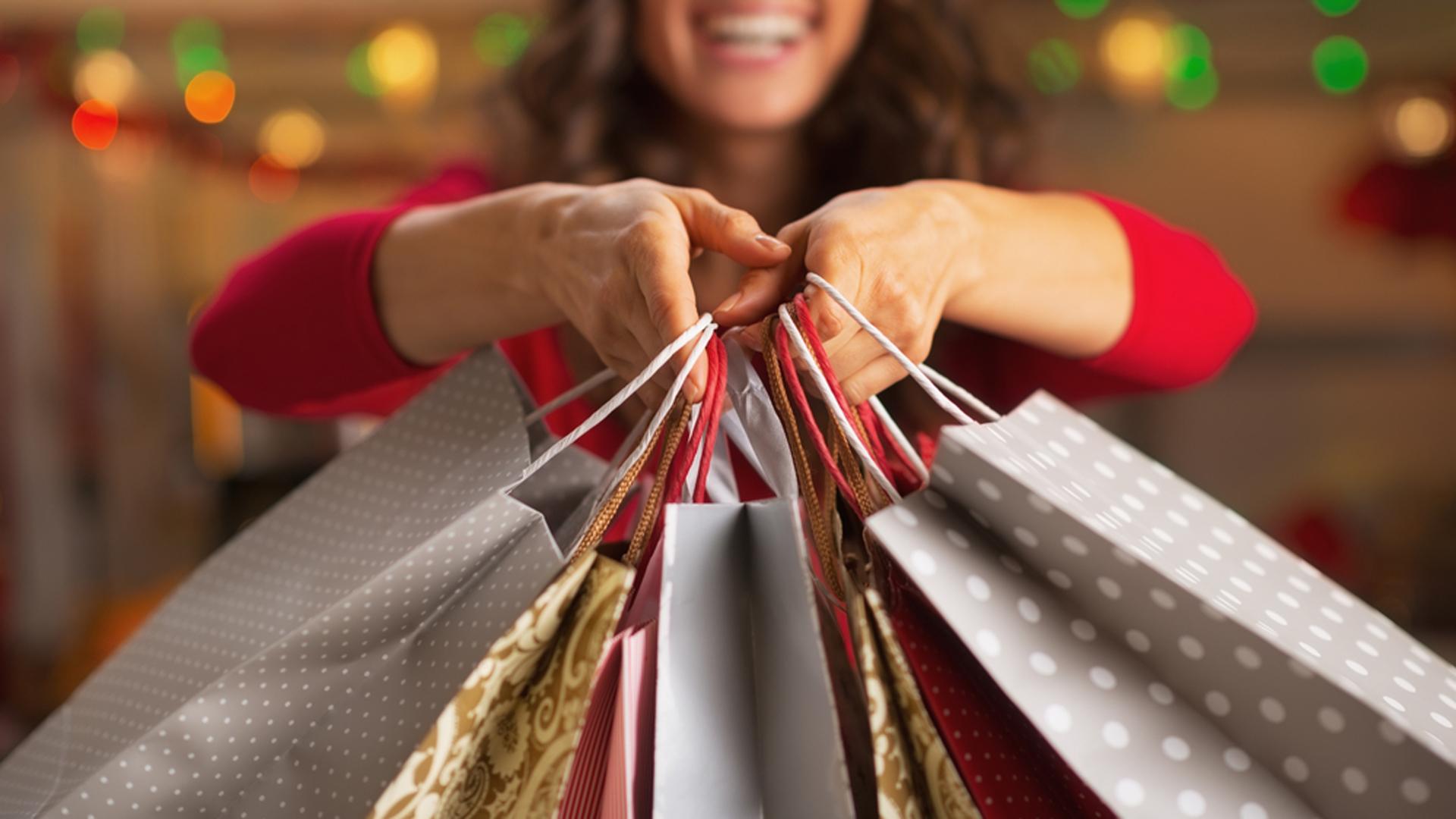 Cómo es que los Católicos están en Veloz Carrera hacia el Materialismo