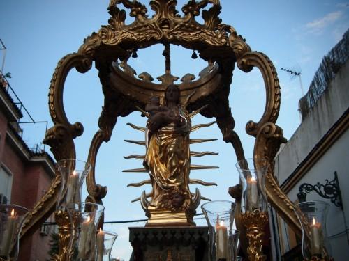 procesion virgen de linares