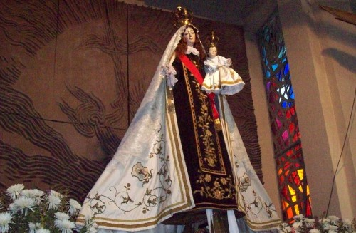Virgen_del_Carmen_desde_el_altar