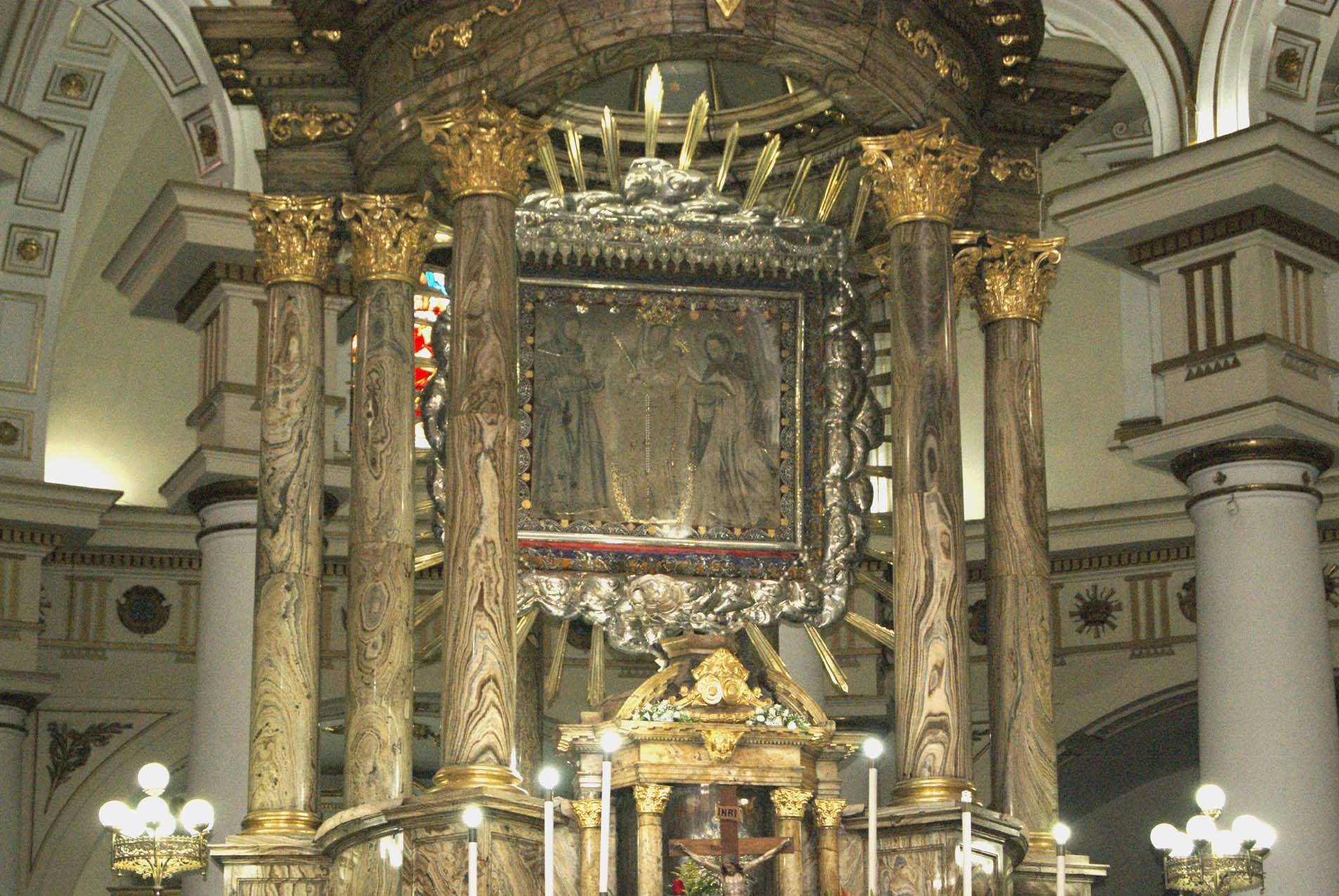 María Baja del Cuadro: Nuestra Señora de Chiquinquirá, Colombia (9 jul y 26 dic)