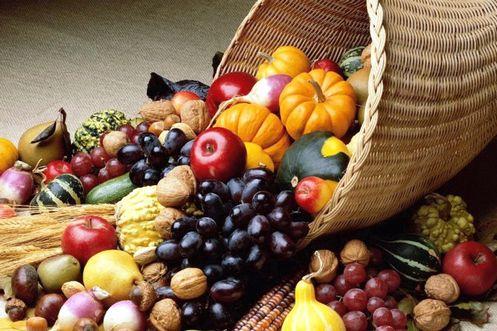 frutas y granos de dieta mediterranea