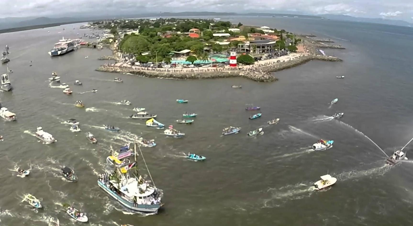 Virgen del Mar de Puntarenas, Salva a Pescadores en un Naufragio, Costa Rica (16 jul)