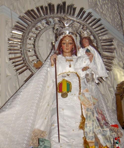 Virgen María La Bella arani