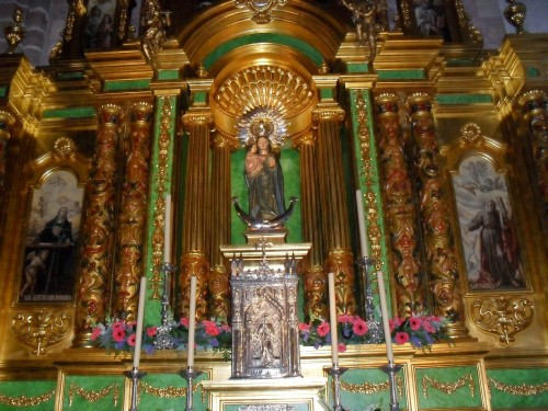 altar virgen de zocueca fondo