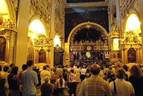 czestochowa interior de iglesia