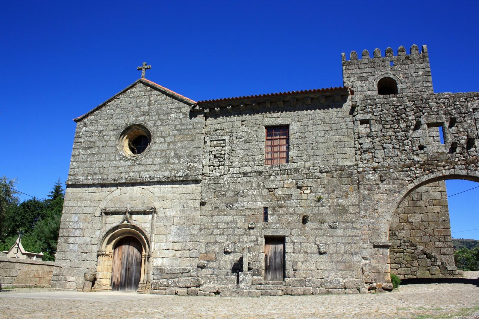 Nuestra Señora de Cárquere, Aparición para Curar al Futuro Rey, Portugal (30 ago)