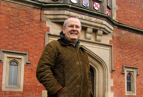 padre-John-Udris-investigador-de-la-causa-de-chesterton