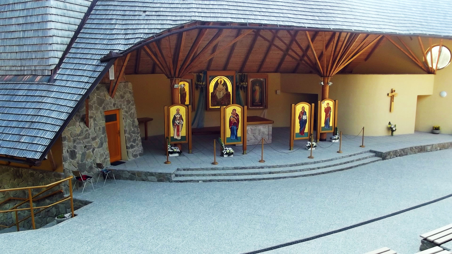 Aparición a Católicos Bizantinos: La Inmaculada Pureza de Litmanova, Eslovaquia (5 ago)