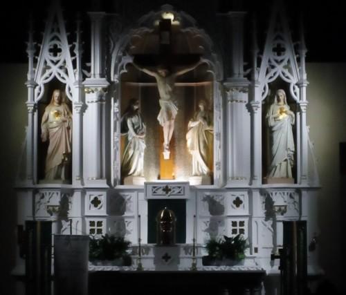 tabernaculo-de-cristo-en-rianjo