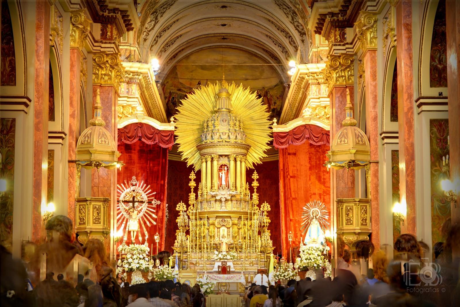 Protectora contra los Terremotos: Nuestra Señora del Milagro, Salta, Argentina (15 sep)