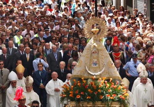 procesion virgen de los llanos