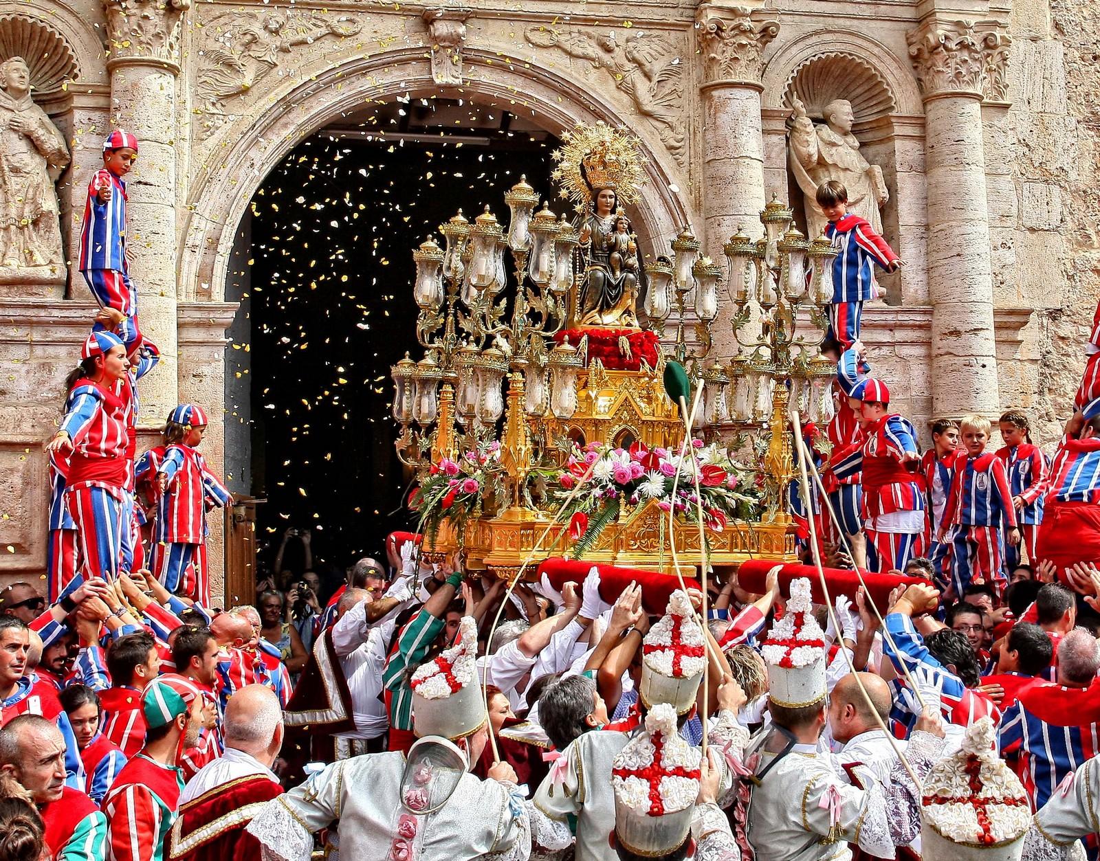 Milagroso Hallazgo en un Árbol: Virgen de la Salud de Algemesí, España (7 de septiembre)