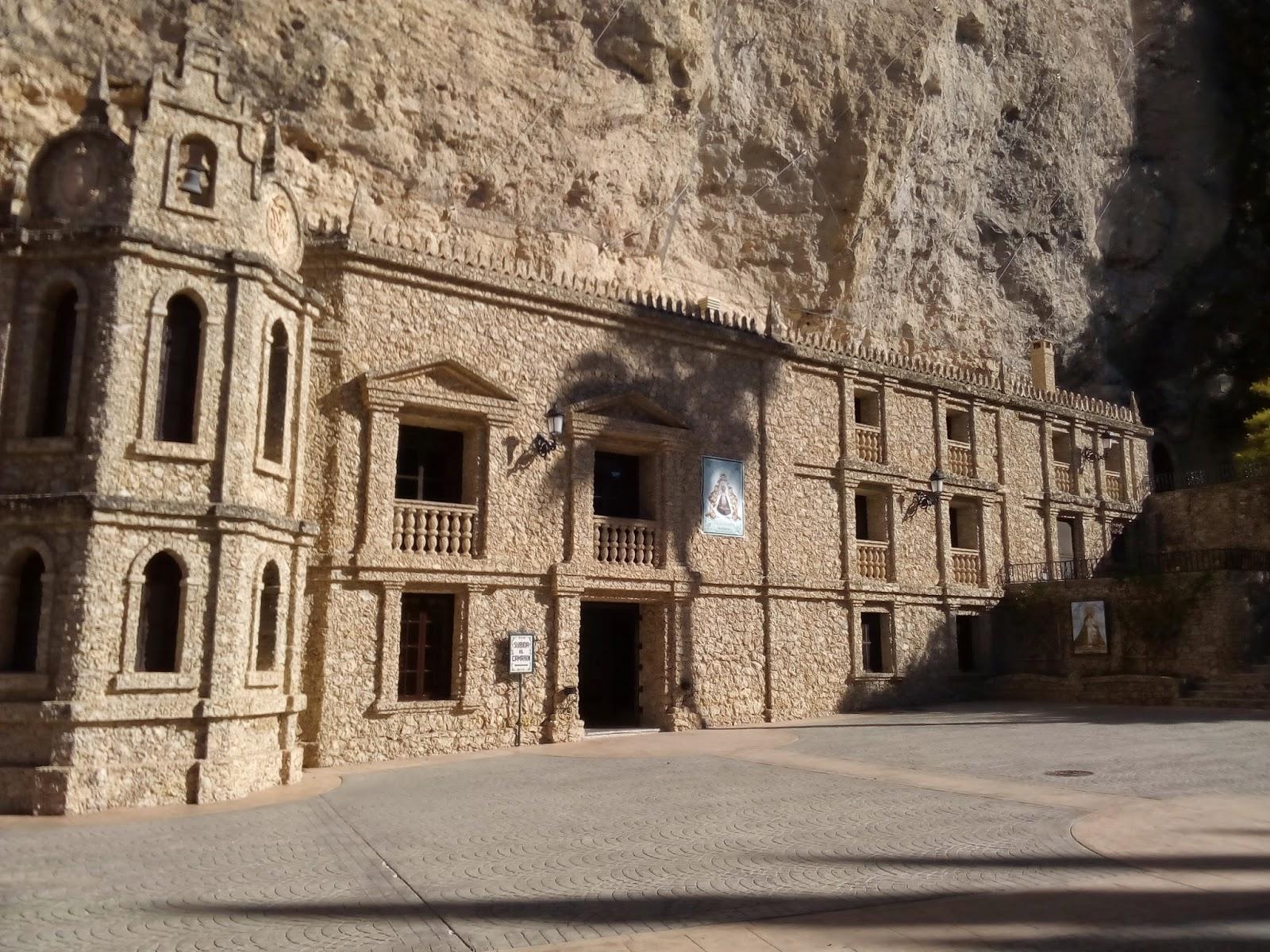 Apareció en una Cueva: Nuestra Señora de la Esperanza, Murcia, España (18 de septiembre)