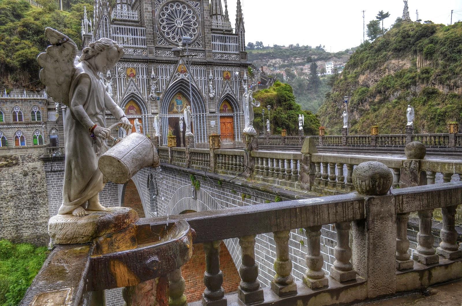 Misteriosamente Impresa en una Piedra: Nuestra Señora de las Lajas, Colombia (16 de septiembre)