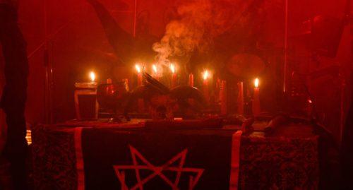 altar satanico
