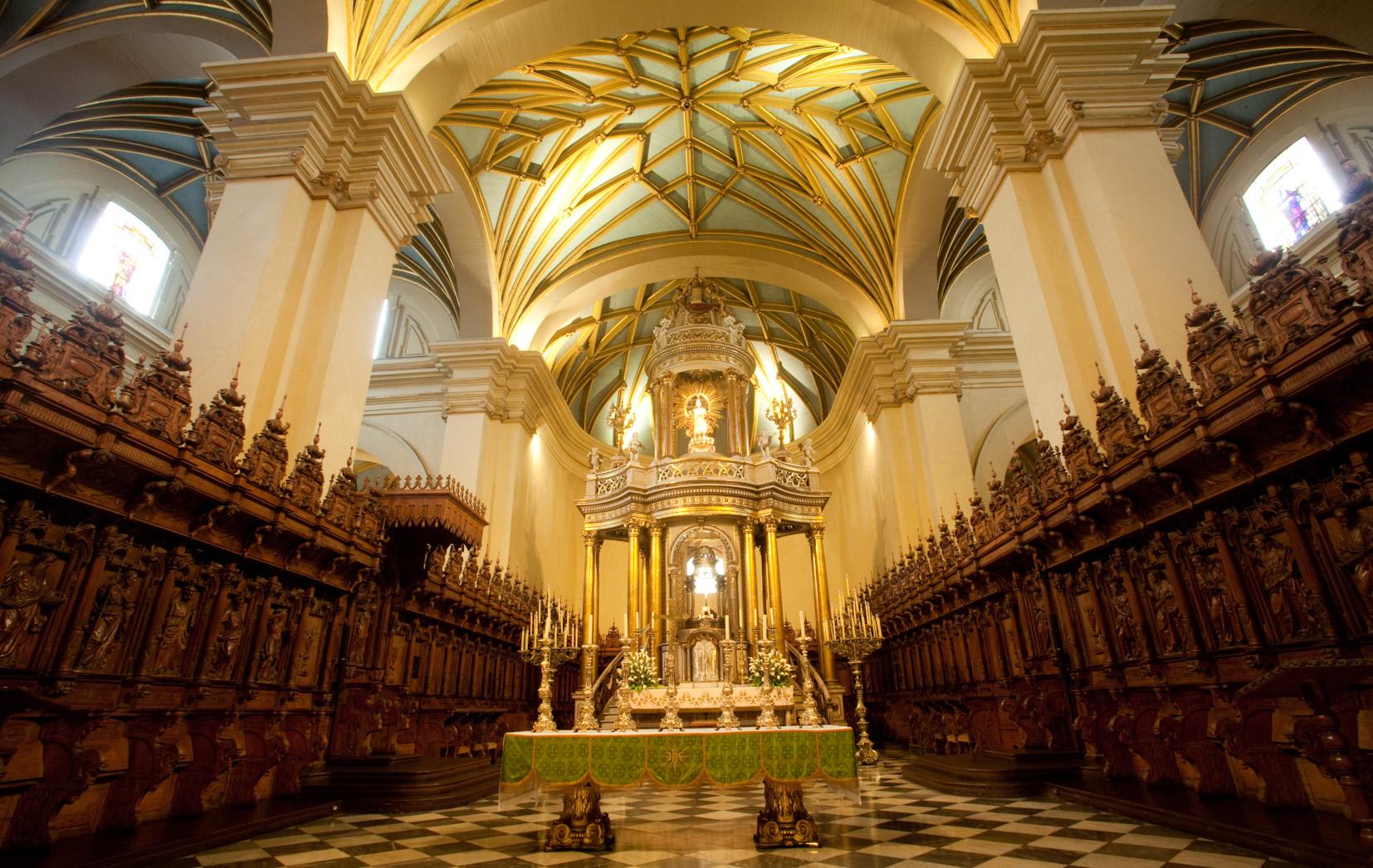 Nuestra Señora del Aviso o de las Lágrimas, Avisó del Terremoto, Perú (20 oct)