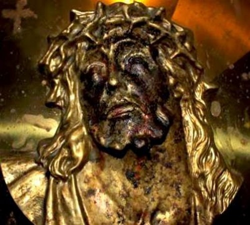 rostro de jesus con lagrimas de sangre gampilieri