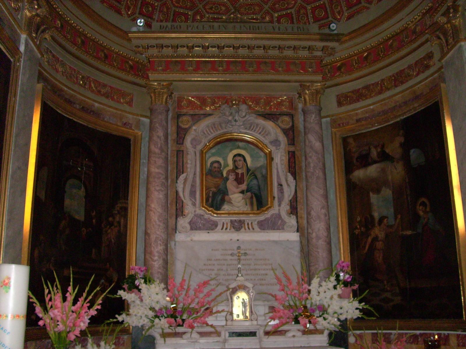 Nuestra Señora de la Paz de Albisola, se Manifiesta para Restaurar la Paz, Italia (18 oct)