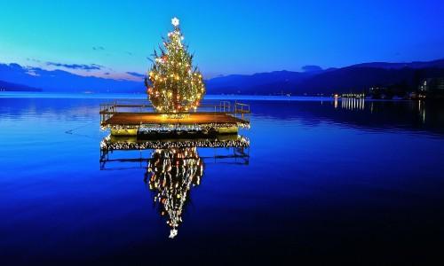 arbol de navidad flotante fondo