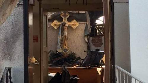 crucifijo que no se quemo en la iglesia de san jose