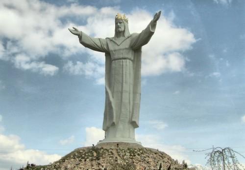estatua de cristo rey en polonia fondo
