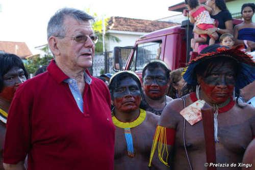 krautler con indigenas