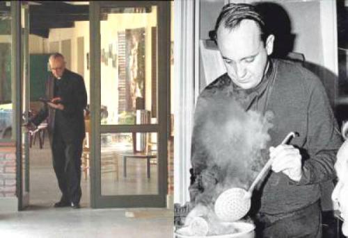padre bergoglio cocinando