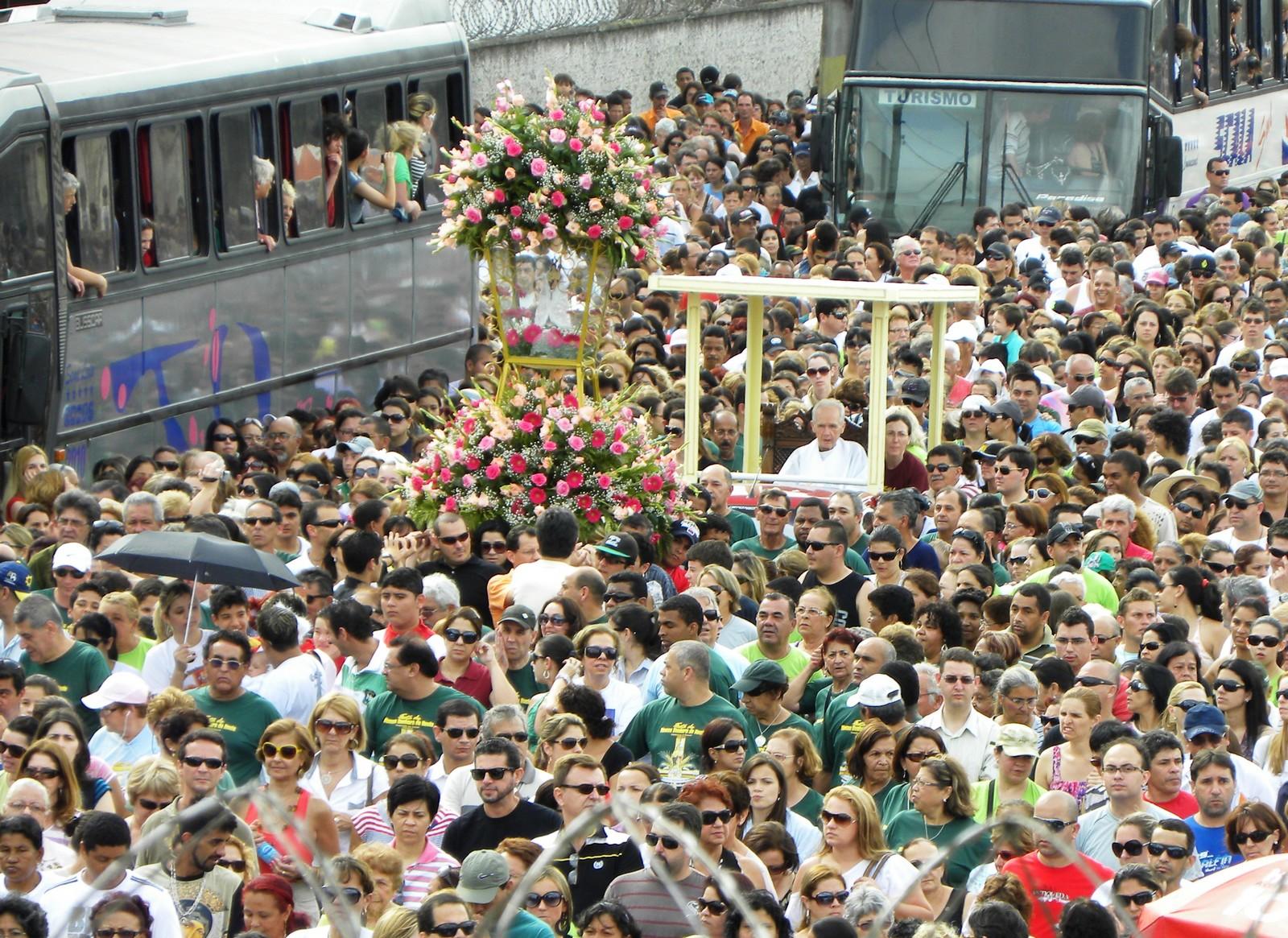 La Milagrosa Nuestra Señora del Rocío de Paraná, Brasil (15 nov)