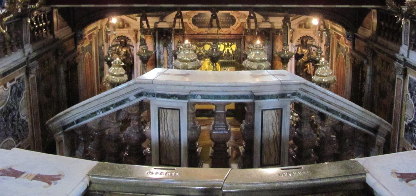 Visita a la Tumba de San Pedro en Roma
