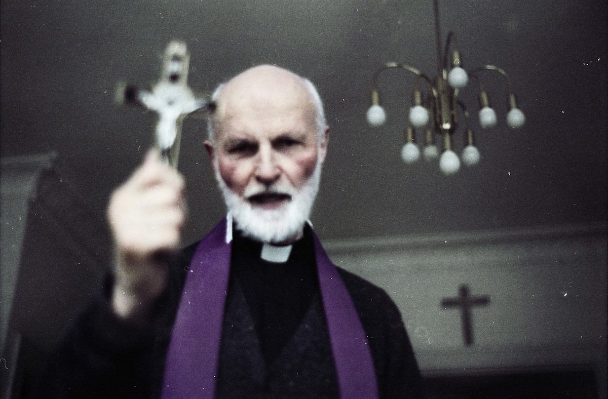 Lars Messerschmidt exorcista