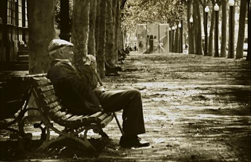 ancianos-en-soledad