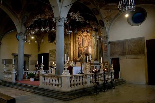 Santa María de la Gracia de San Giovanni Valdarno y la Milagrosa lactancia, Italia (22 dic)
