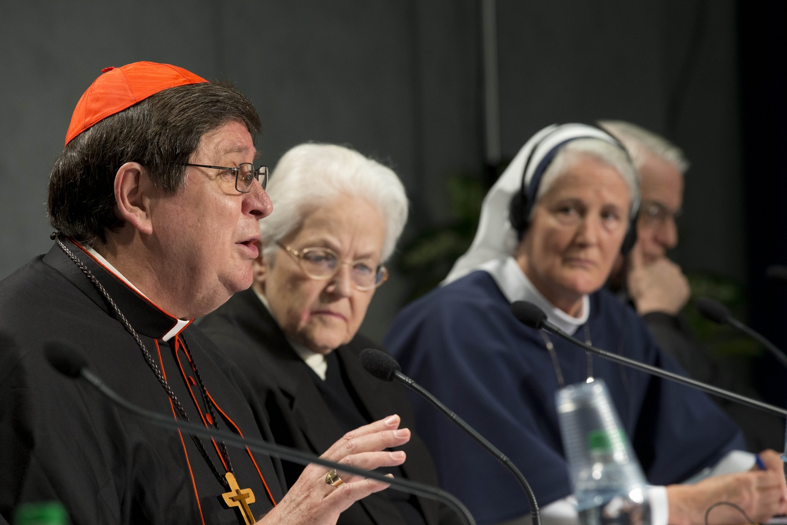 Informe Vaticano ante las herejías de las religiosas norteamericanas
