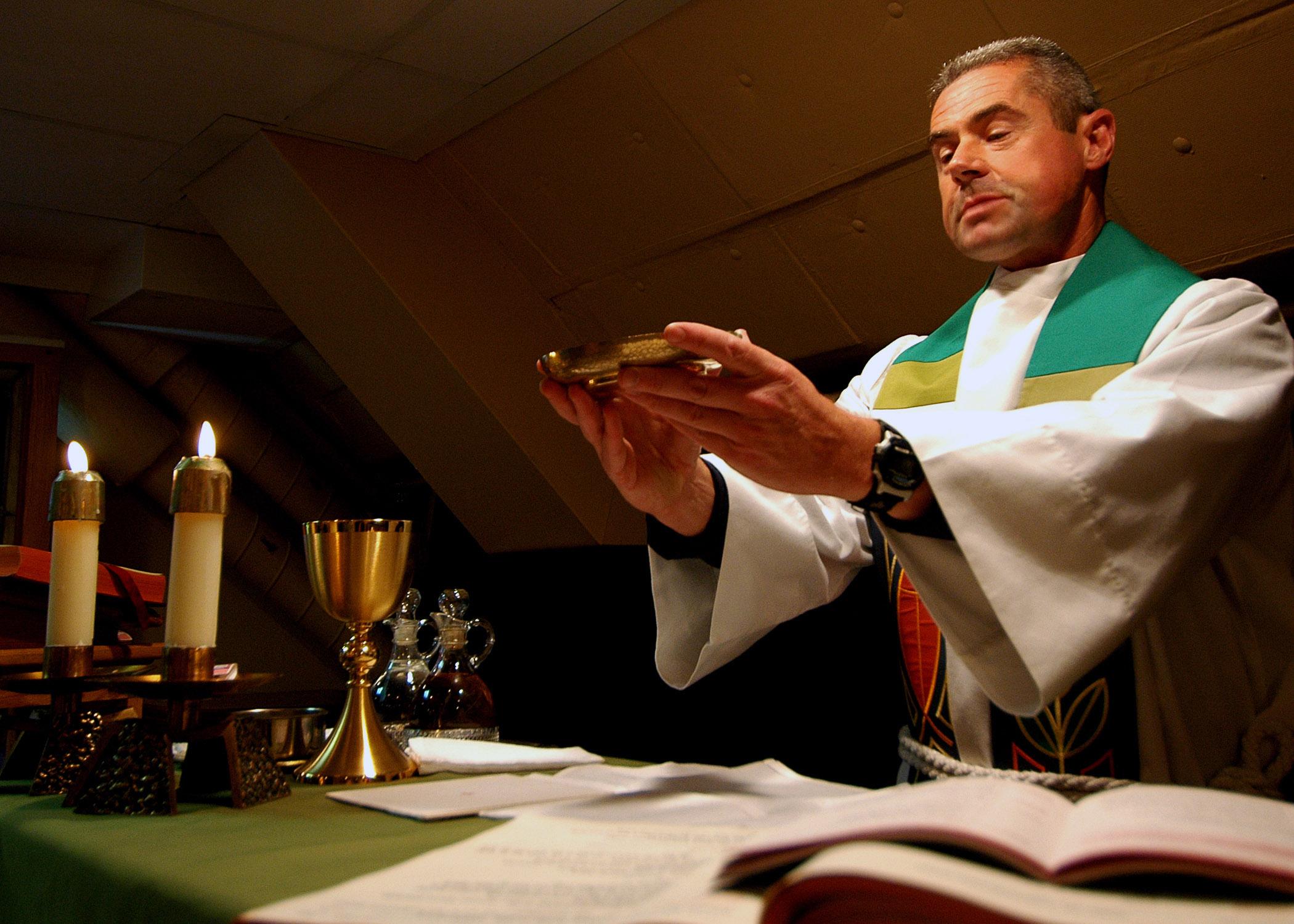 Visiones Místicas sobre los dos Milagros que se producen en la Misa