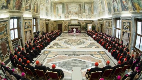 papa francisco y curia romana