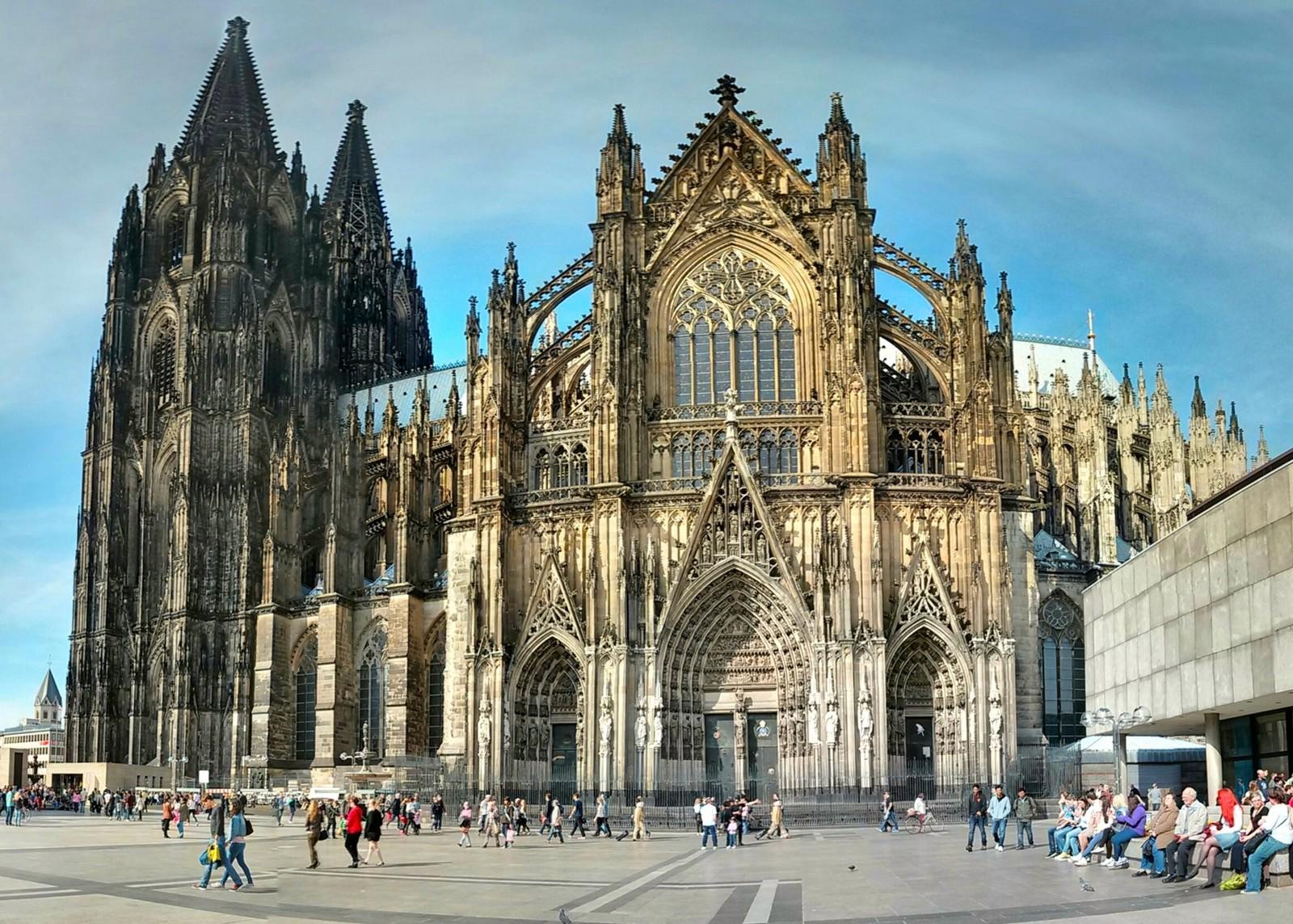 El Relicario más Grande de la Cristiandad contiene las Reliquias de los Reyes Magos