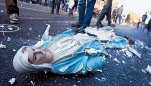 madona destruida por musulmanes