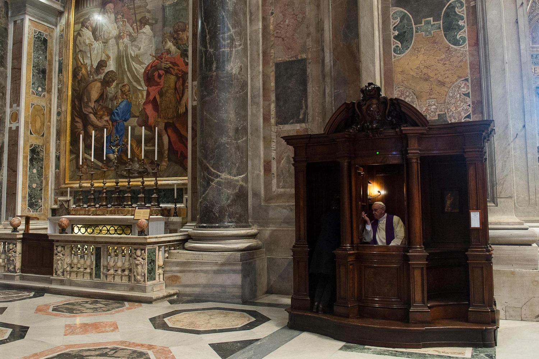 Las 10 Oraciones para Confesar, Pedir Perdón y Misericordia de Dios [Aprobadas por la Iglesia]