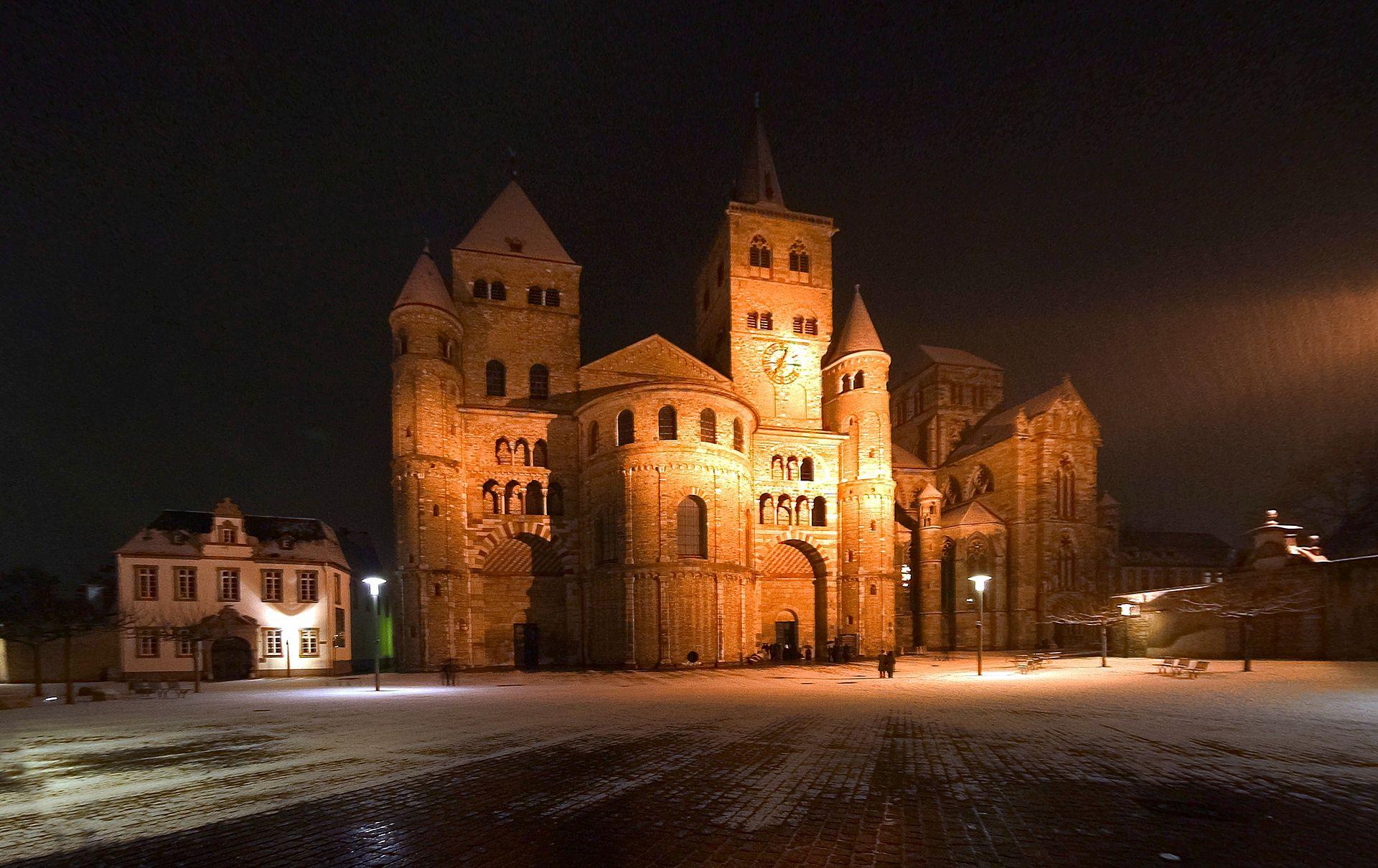 Las Actualísimas Profecías de Santa Hildegarda de Bingen sobre el Mundo y la Iglesia