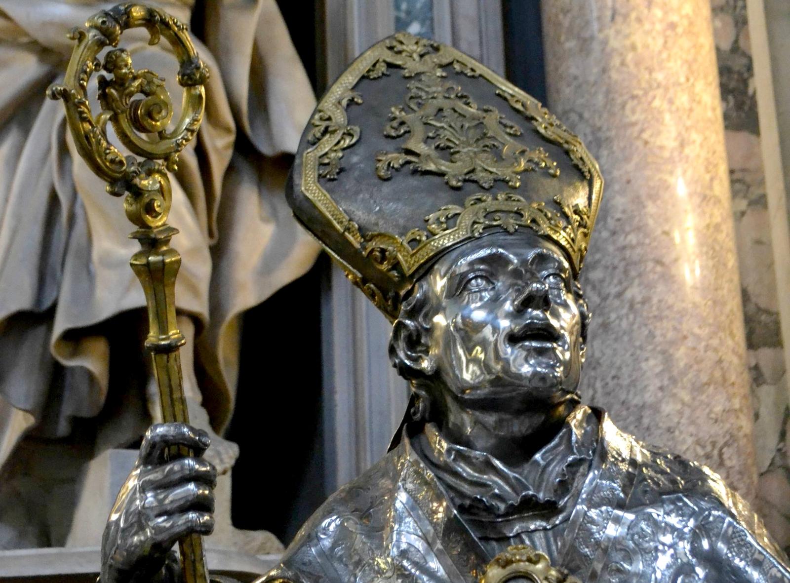 estatua de san genaro