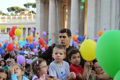 Familia con globos