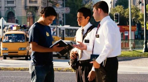 mormones predicando