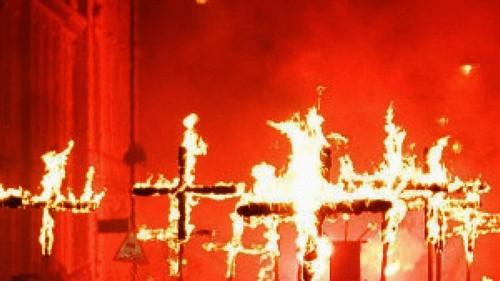 cruces incendiadas